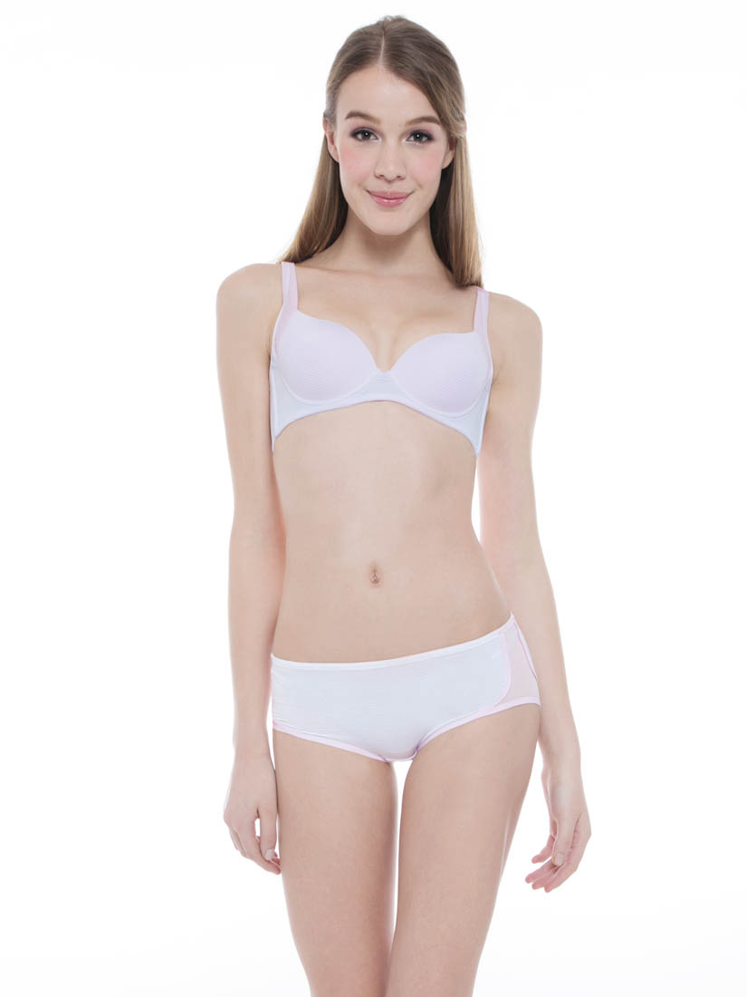 Breathable Moulded Sports Bra, White