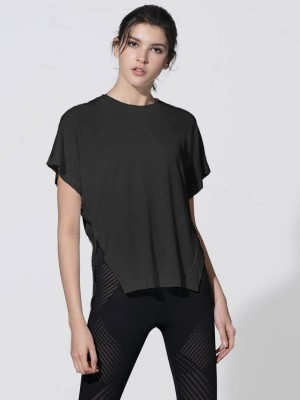 Crew-neck Flowy Side-Slit Tee